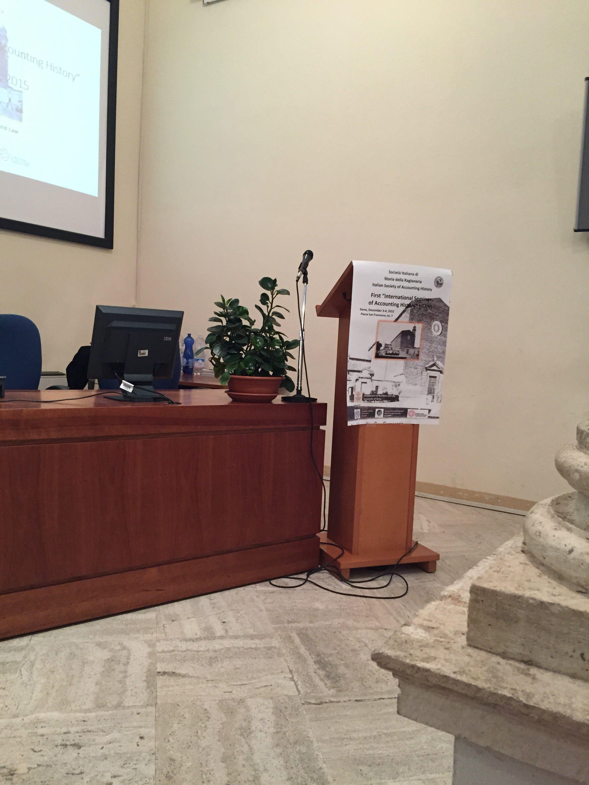 Massimo Sargiacomo - International Seminar On Accounting History - Siena December 2015